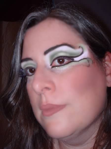 Horrifying Makeup Fails (1)