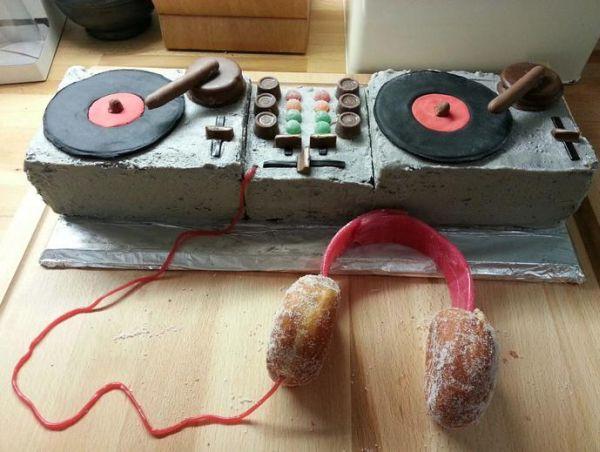 Weirdest Cakes (11)