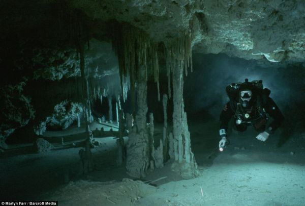 cave-diving (2)
