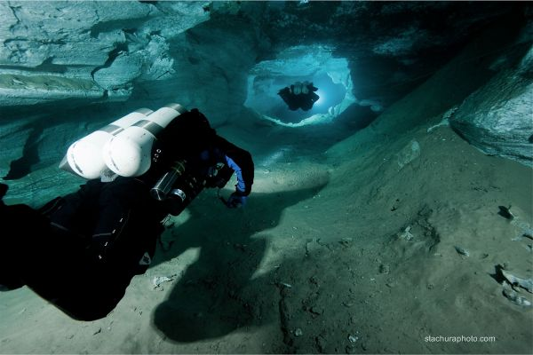 cave-diving (21)