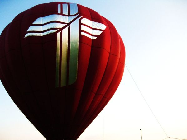 Photos of Extraordinary Hot Air Balloons (10)