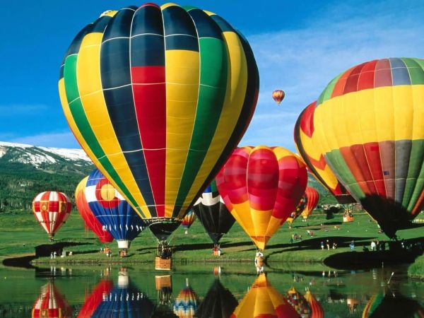 Photos of Extraordinary Hot Air Balloons (12)