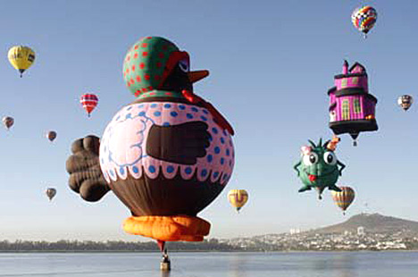 Photos of Extraordinary Hot Air Balloons (8)