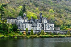 25 Marvellous Real-Life Castle Pictures