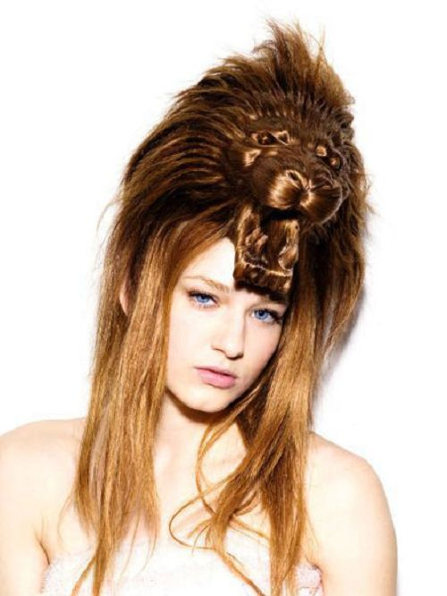 23 Completely Insane Haircuts (2)