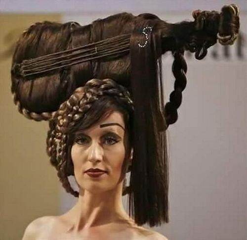 23 Completely Insane Haircuts (8)