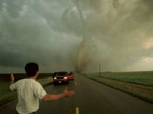 23 Photos Of Devastating Tornadoes (11)