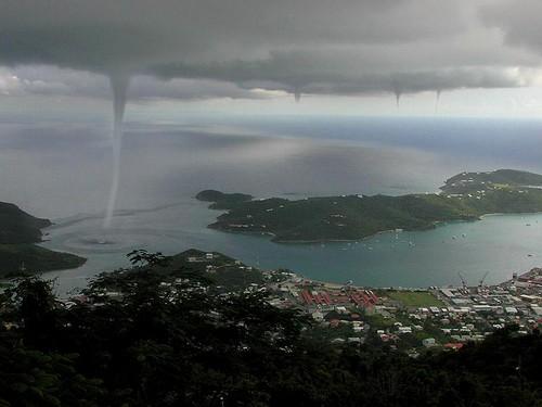 23 Photos Of Devastating Tornadoes (16)