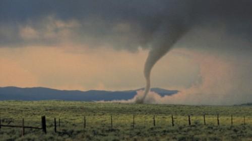 23 Photos Of Devastating Tornadoes (5)