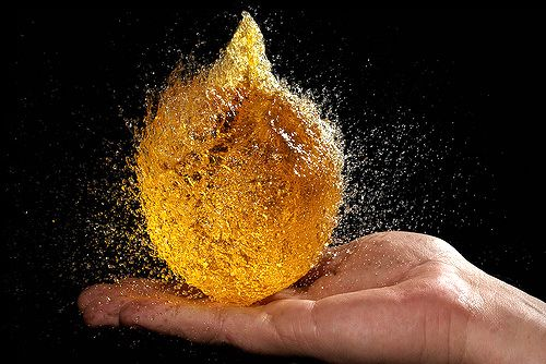 23 Stunning Water Balloon Stop Motion Photos (2)