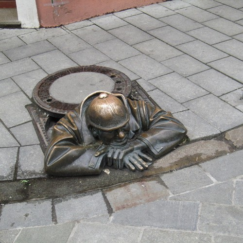 25 Most Artistic Manhole Covers (2)
