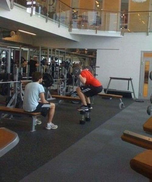 25 Most Stupid Gym Fails (10)