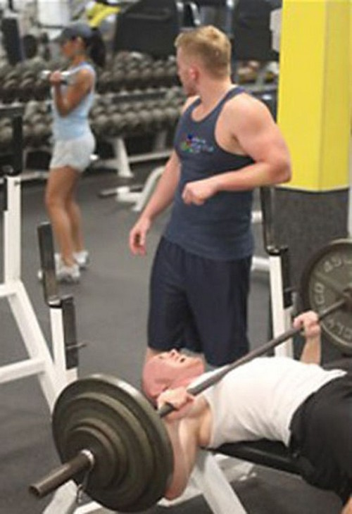 25 Most Stupid Gym Fails (2)
