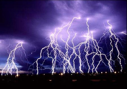 Staggering Photos Of Lightning (12)