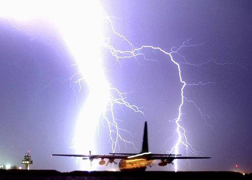 Staggering Photos Of Lightning (15)