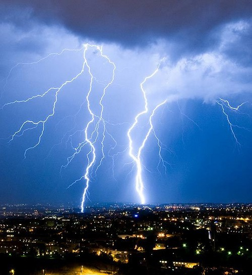 Staggering Photos Of Lightning (16)