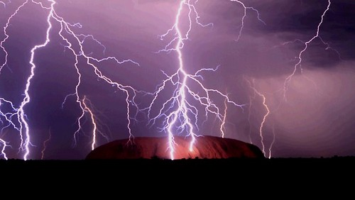 Staggering Photos Of Lightning (17)