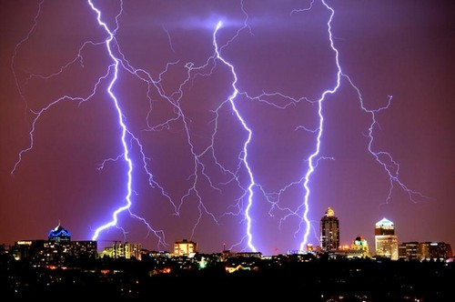 Staggering Photos Of Lightning (18)