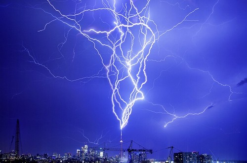 Staggering Photos Of Lightning (19)