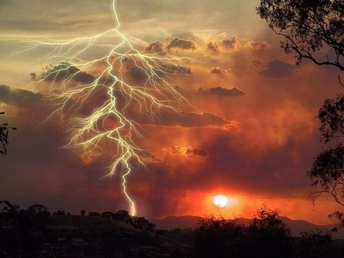 Staggering Photos Of Lightning (24)