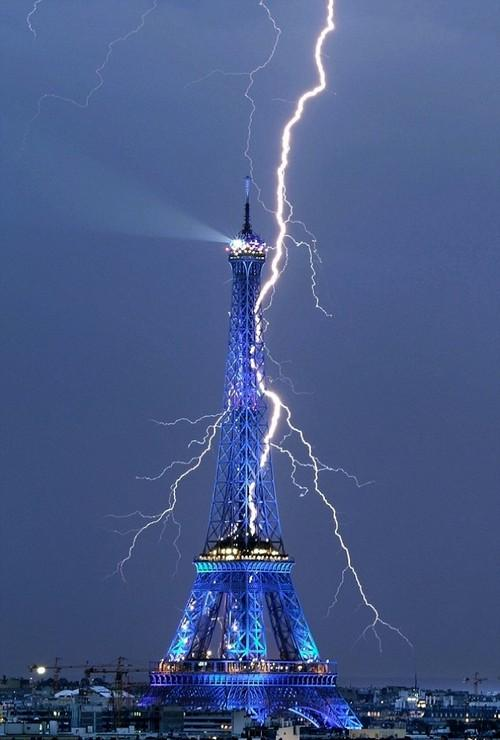 Staggering Photos Of Lightning (25)